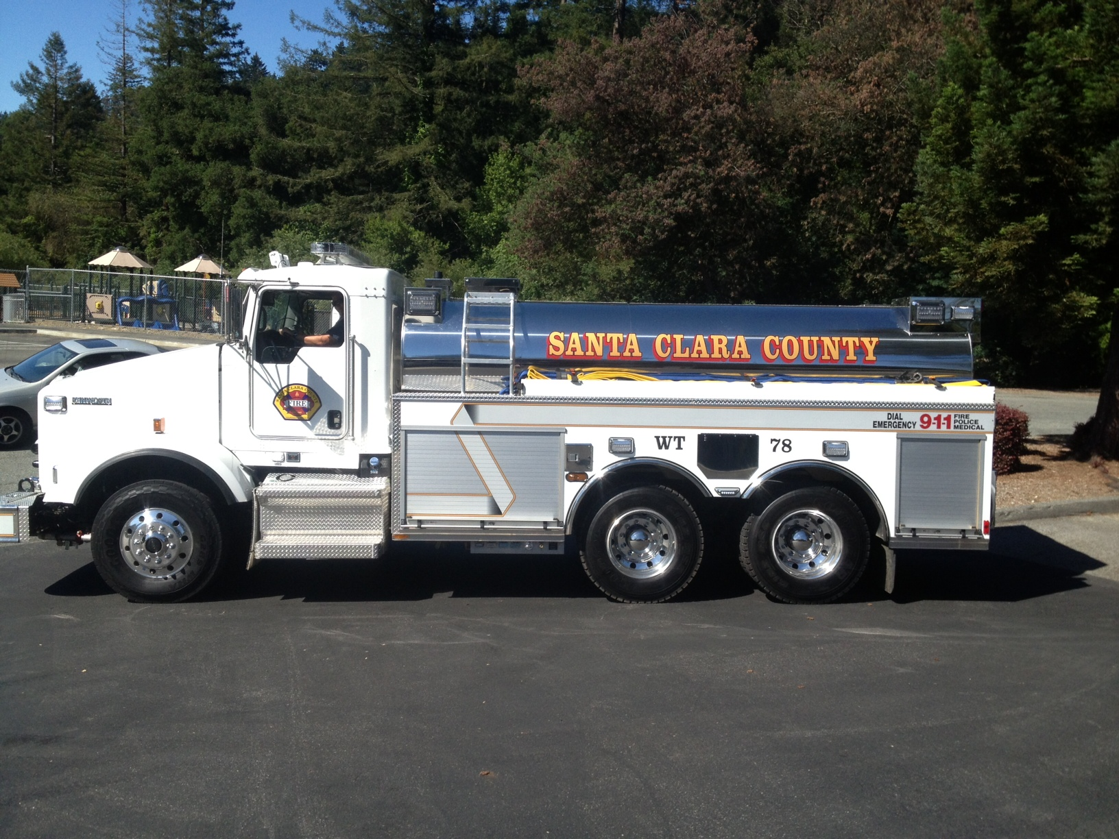 Water tender stationed in Redwood Estates